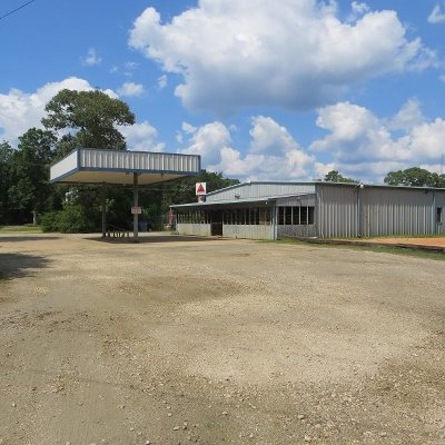 Angelina County, Jasper County, Nacogdoches County, Newton County, Sabine County, San Augustine County, Shelby County Commercial For Sale: 113 Pleasure Bend Rd.
