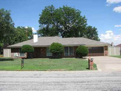 Single Family Home Sold: 511 SW 23rd