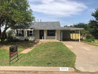 Single Family Home Sold: 304 SW 15th