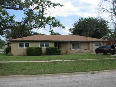 Seminole TX Single Family Home For Sale: $174,000