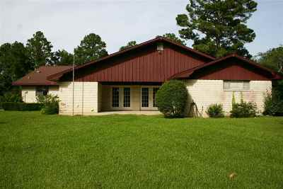 Brookeland TX Single Family Home For Sale: $186,000