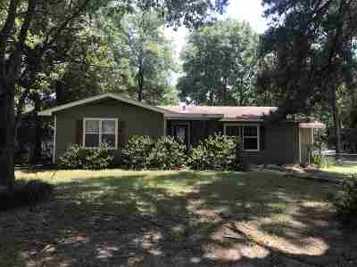 Pineland Single Family Home For Sale: 719 S Temple Ave