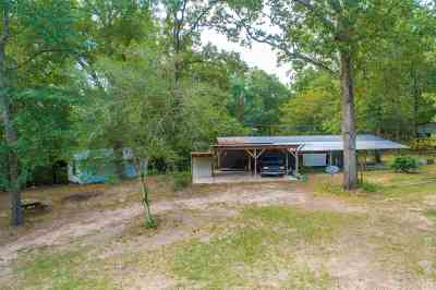 San Augustine Manufactured Home For Sale: 374 County Road 3360