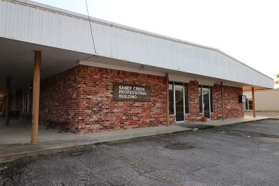 Angelina County, Jasper County, Nacogdoches County, Newton County, Sabine County, San Augustine County, Shelby County Commercial For Sale: 215 E Water St.