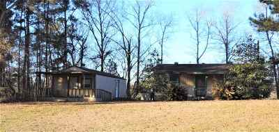 Single Family Home For Sale: 2205 Hwy 103 E