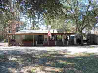 Hemphill TX Single Family Home For Sale: $58,000