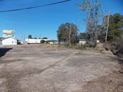 Angelina County, Jasper County, Nacogdoches County, Newton County, Sabine County, San Augustine County, Shelby County Commercial For Sale: 1700 S Wheeler