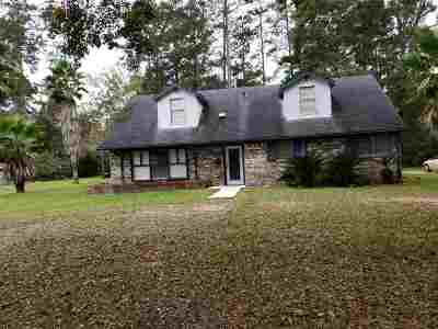 Newton County Single Family Home For Sale: 604 Ola