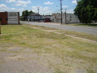 Waco Commercial Under Contract: 1722 Columbus Avenue