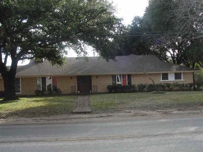 Marlin Single Family Home Under Contract: 914 Live Oak Avenue