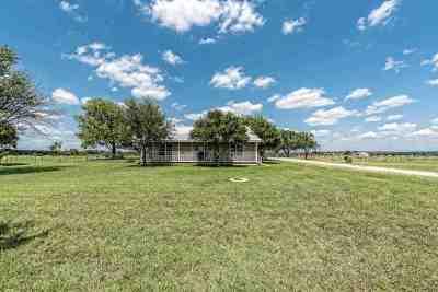 McGregor Single Family Home For Sale: 1533 Peacock Lane