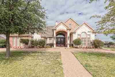 Waco Single Family Home For Sale: 1005 Burberry