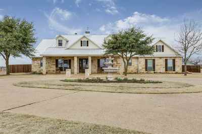 McGregor Single Family Home For Sale: 3449 N Lone Star Parkway
