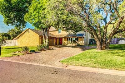 Woodway Single Family Home For Sale: 1007 Oak Grove Circle