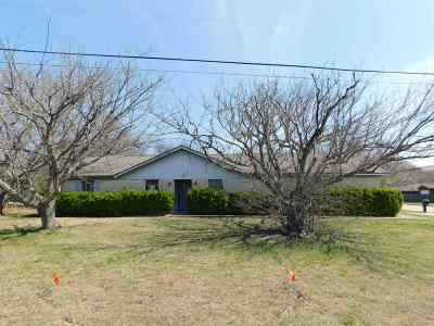 Hewitt Single Family Home For Sale: 812 S Old Temple Road