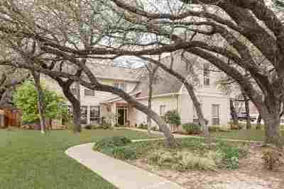 Waco Single Family Home Under Contract: 124 Deer Creek Drive