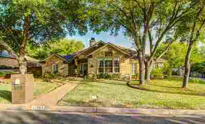 Woodway Single Family Home For Sale: 11003 Westwood Drive