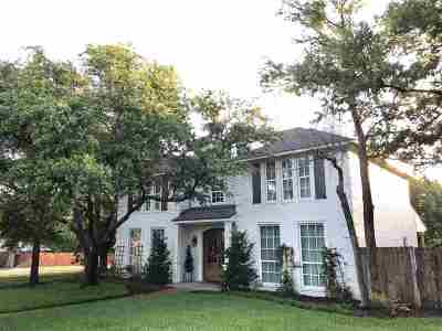 Woodway Single Family Home For Sale: 1413 Oak Hollow Drive