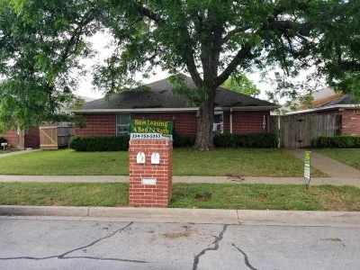 Waco Multi Family Home For Sale: 1307 Bagby Avenue #A & B