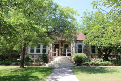 Valley Mills Single Family Home For Sale: 406 Ave G
