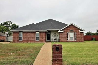 Hewitt Single Family Home For Sale: 905 Cloud Croft Drive