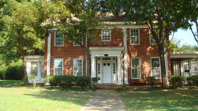 Marlin Single Family Home For Sale: 722 Watson Place
