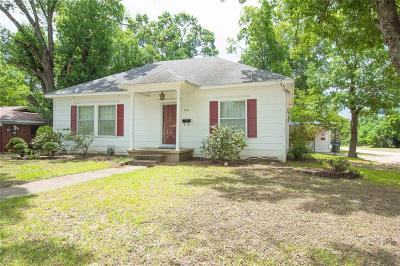 Marlin Single Family Home For Sale: 900 Capps Street