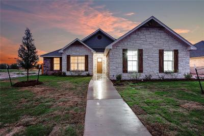 Waco Single Family Home For Sale: 10333 Creekside Lane