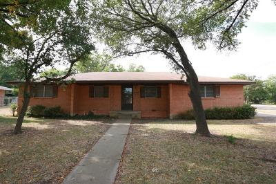 McGregor Single Family Home For Sale: 1108 W 4th Street