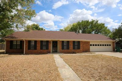 McGregor Single Family Home For Sale: 117 Houston Street