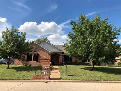Lorena Single Family Home For Sale: 305 Greystone Drive