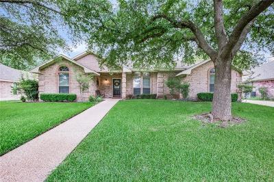 Waco Single Family Home For Sale: 300 Meadow Mountain Drive
