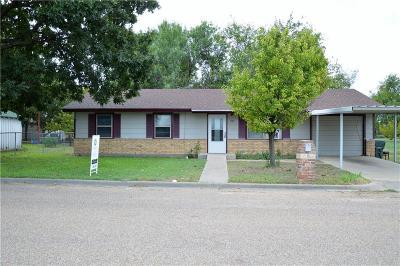 Clifton Single Family Home For Sale: 802 N Avenue F Avenue