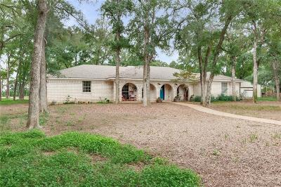 Woodway Single Family Home For Sale: 151 Evergreen Trail