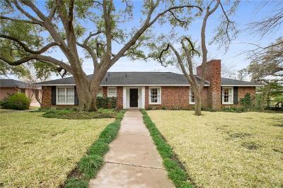 Waco Single Family Home For Sale: 2524 Old Oaks Drive