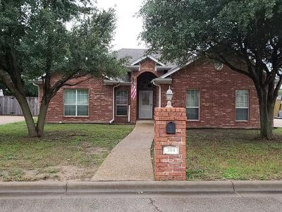 Lorena Single Family Home Under Contract: 304 Greystone Drive