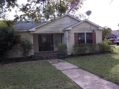 Temple Single Family Home For Sale: 1301 E Ave C