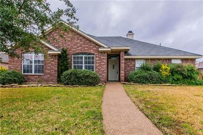 Hewitt Single Family Home For Sale: 1029 S Haven Drive