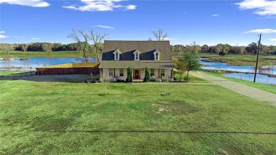 Waco Farm & Ranch For Sale: 843 Buster Chatham Road