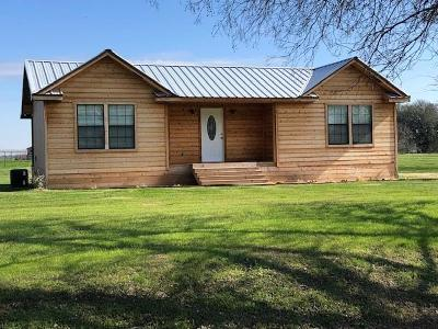 Waco Single Family Home For Sale: 234 Petit Road