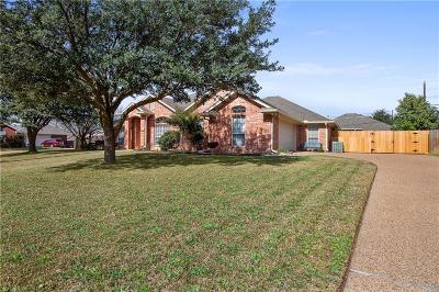 Hewitt Single Family Home For Sale: 917 Stoneridge Drive