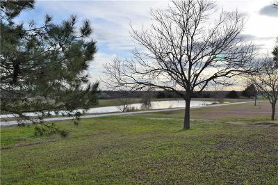 Lorena Single Family Home For Sale: 512 Wildwood Trail