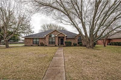 McGregor Single Family Home For Sale: 630 Harvest Lane