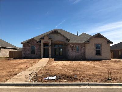 McGregor Single Family Home For Sale: 404 Sagebrush