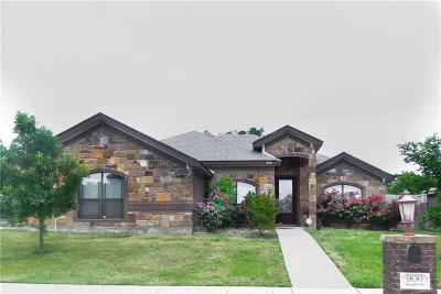 Lorena Single Family Home For Sale: 906 Springdale Lane