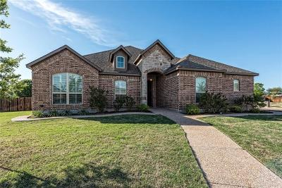 Hewitt Single Family Home Under Contract: 744 Wind Hill