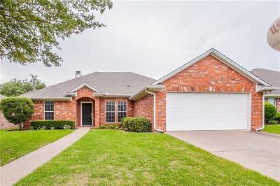 Lorena Single Family Home For Sale: 2403 Cambridge