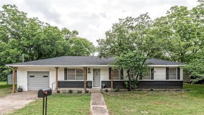 Valley Mills Single Family Home For Sale: 105 Butler Drive