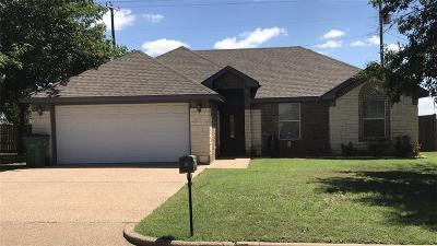 McGregor Single Family Home For Sale: 401 David Davis Drive