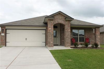 Lorena Single Family Home For Sale: 2708 Skinner Drive